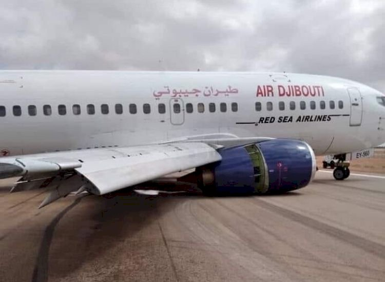 Boeing B737 of Air Djibouti suffers landing gear collapse, passengers and crew unhurt