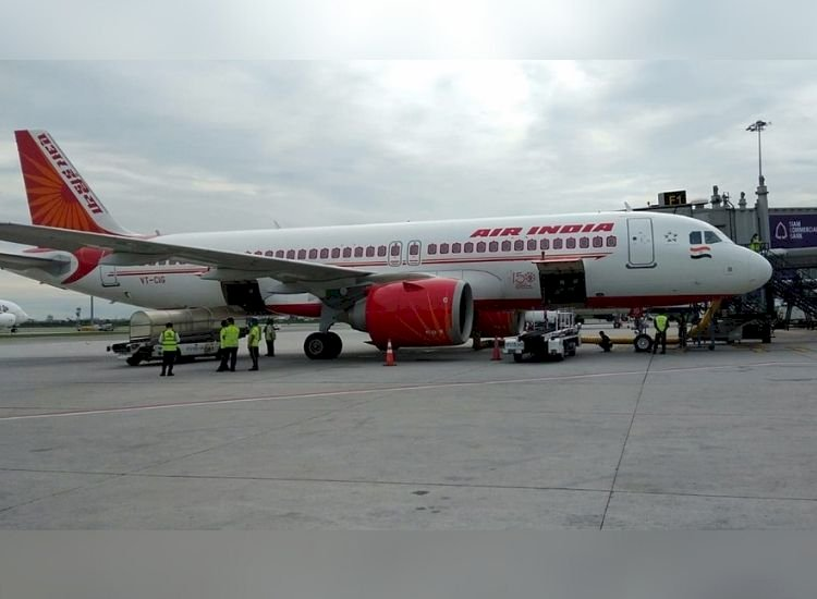 Air India orders bidding employees to stay away from policy matters
