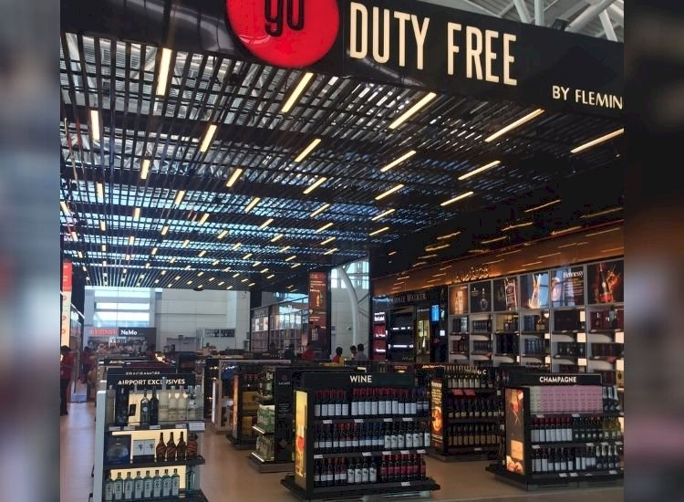 Indian airports may allow flyers to buy 4 litres of liquor