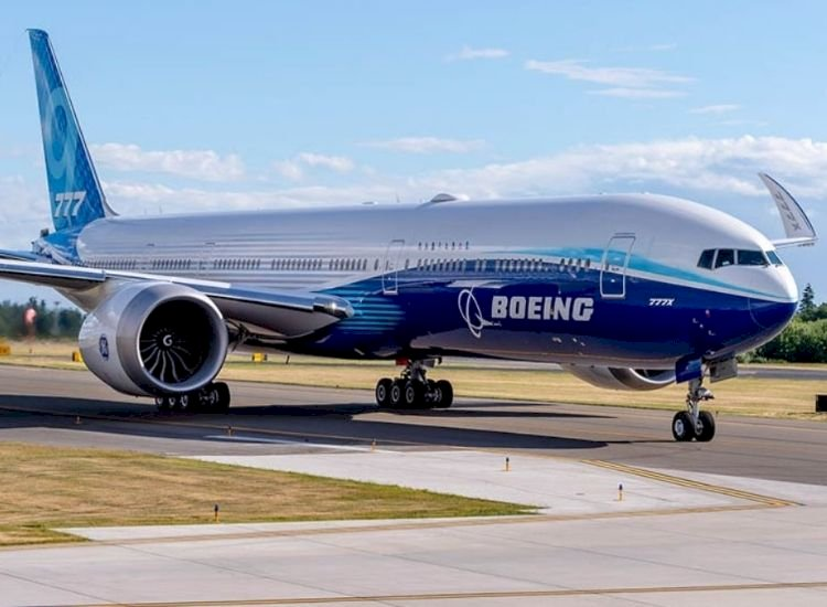 Boeing's much-vaunted 777X still some years away before it can soar with flyers