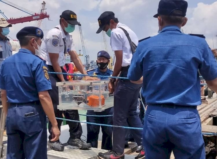 Sriwijaya Air's recovered cockpit voice recorder contains key to crash mystery